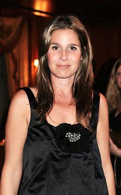 Erin Lauder