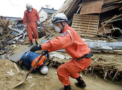 Japan typhoon Man-yi