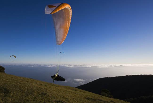 [Paragliding_Madeira1.jpg]