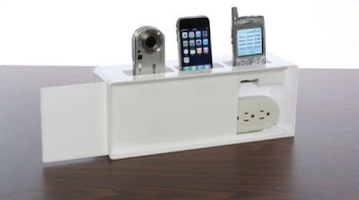 Place A Outlet On The Wall In Kitchen Or Near Front Door Hang This Charging Station Over Connect Strip And Shamwow