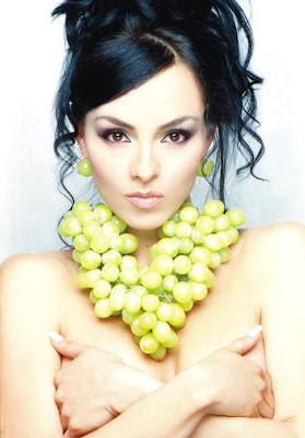 http://bp1.blogger.com/_yberMRekEGc/SBK1Nj1_coI/AAAAAAAAGrc/6JQAVgpkKAc/s400/Ivonne+Montero-034.jpg