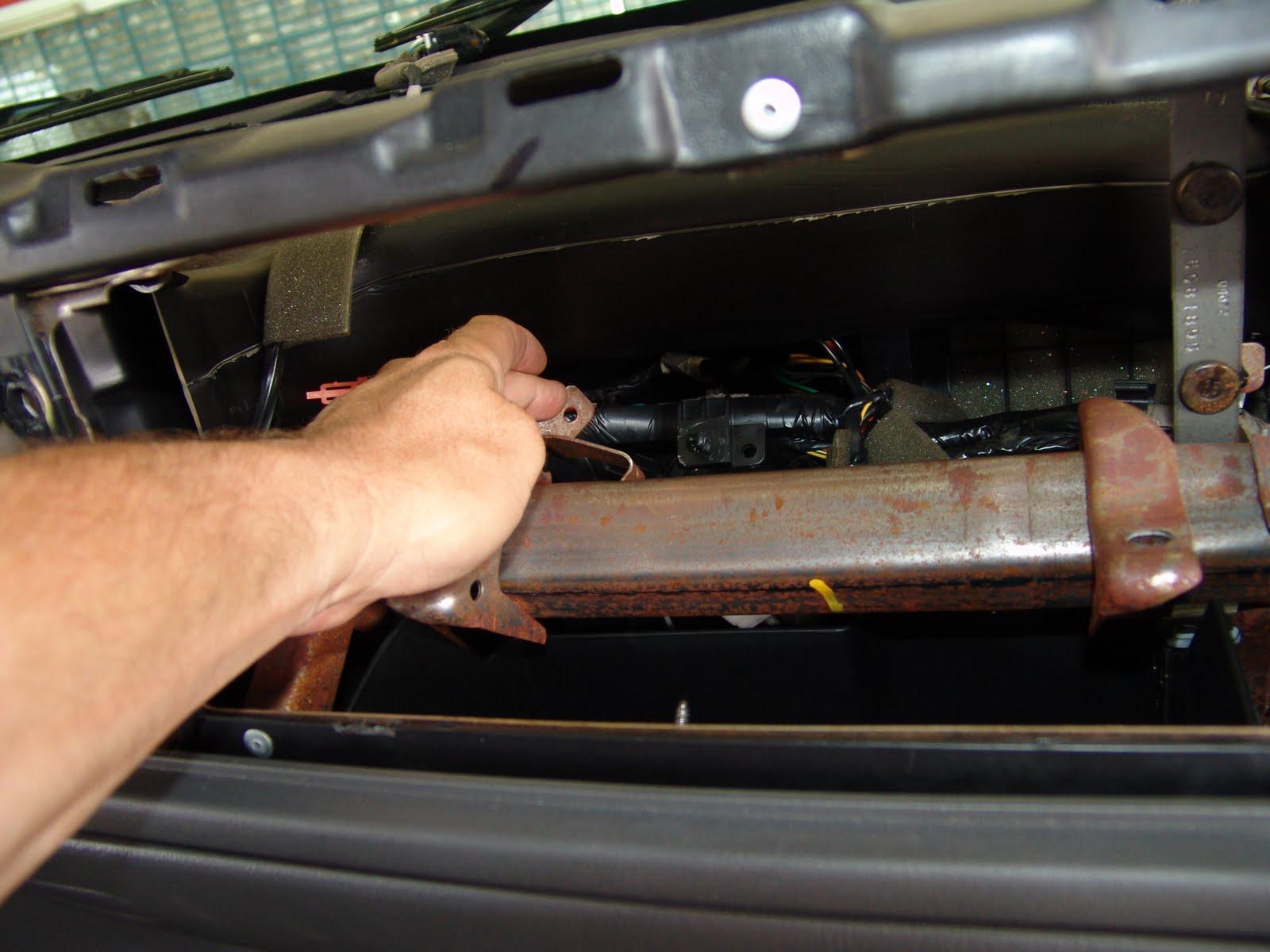 dodge ram only blows defrost 2006 f150 4x4 wiring diagram trailblazer blend door actuator location get