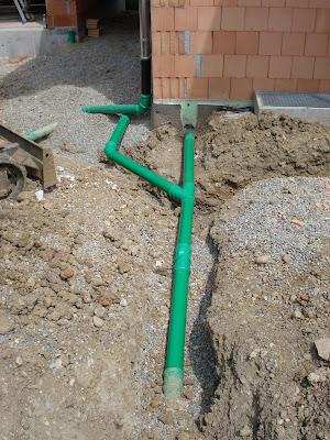 Häufig Bauen mit den Brachats: Rohre erneut verlegt, Kies befestigt CP22