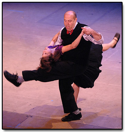 [maw_dance1.jpg]