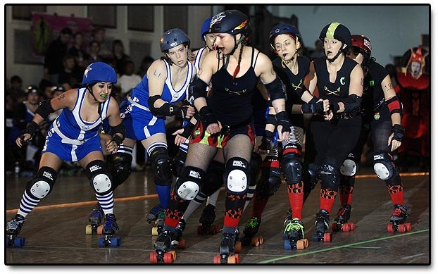 [bryan_mitchell_detroit_photographer_derby_girls07.jpg]