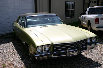 Green 1971 Buick Skylark 4 Door Front View