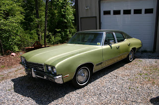 Green 1971 Buick Skylark 4 Door Left Front Quarter Panel View