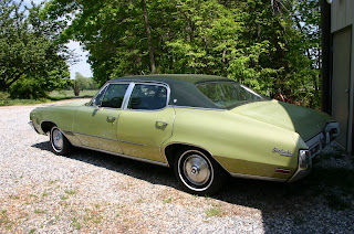 Green 1971 Buick Skylark 4 Door Left Rear Quarter Panel View