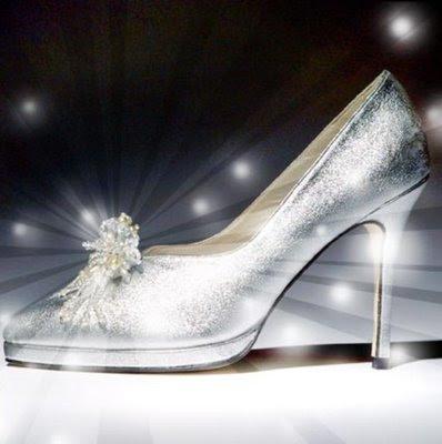 Carlicienta y su verdadera historia de amor... Court-shoe-company_588x420