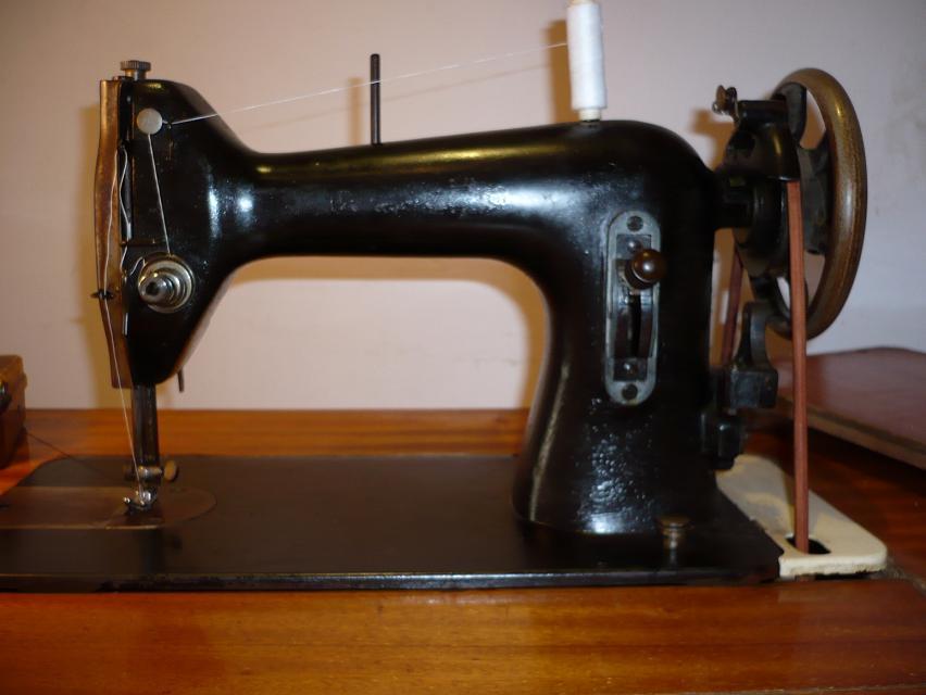 ¿por qué se me rompe el hilo en la maquina de coser