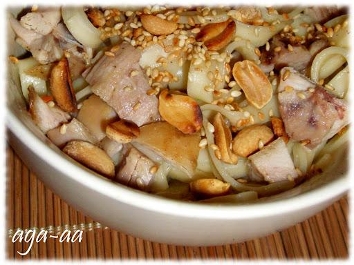 Makaron udon z kurczakiem