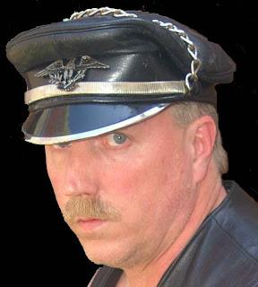 33f5bc9e217 Leather  Muir Cap
