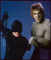 http://1.bp.blogspot.com/_z1gvOc8m5Q8/TOqx6bl6uhI/AAAAAAAABKQ/tS-WRsOutm8/s1600/Hulk+y+Daredevil.jpg