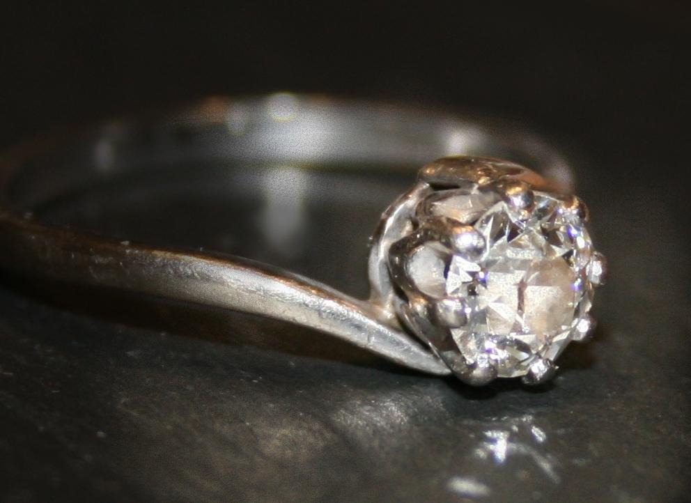[diamond.jpg]