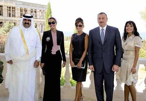sheikha mozah bint nasser fashion pictures SHOES-DRESSES