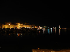 hania port at night
