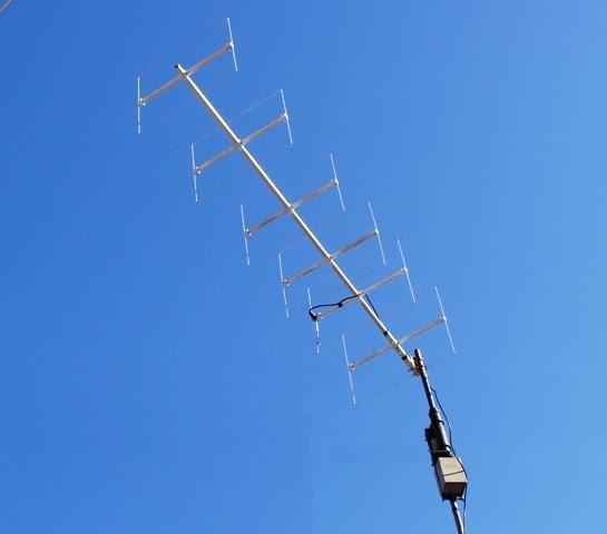 Antena cúbica já instalada