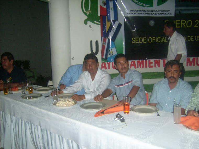 En el evento de la Primera Cumbre Internacional de Periodistas organizado por la ARRPRECH, A.C.