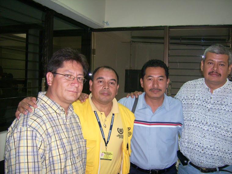 El recibimiento en las oficinas del Instituto Nacional de Migración