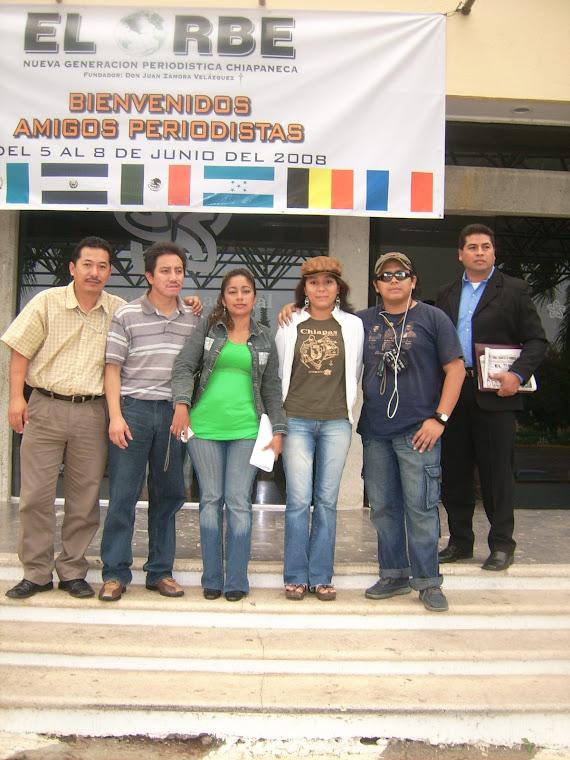 Previo al inicio del Congreso de Periodistas