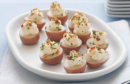 They Have The Greatest Cutest Ideas Including This One That I Am Hoping To Try Soon Source Kraft Foods Mini Potato Bites Hors D Oeuvres
