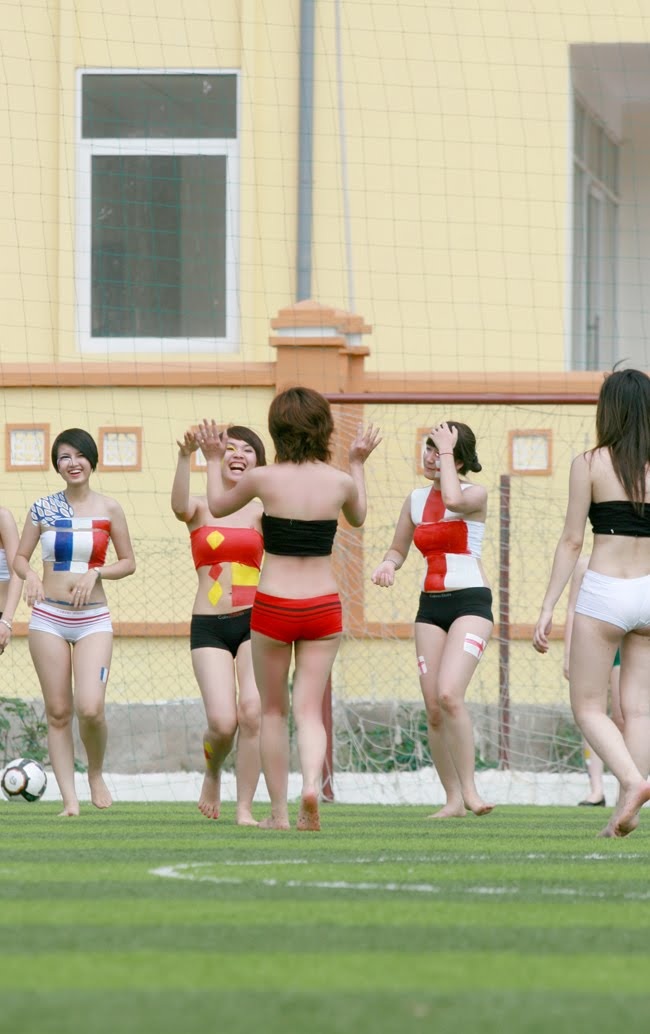 Girls foot play