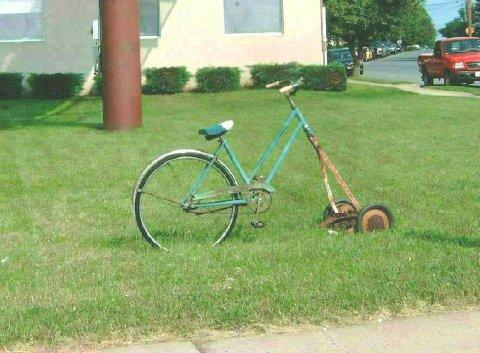 [bda895c9-Lawn+mowing+bike]