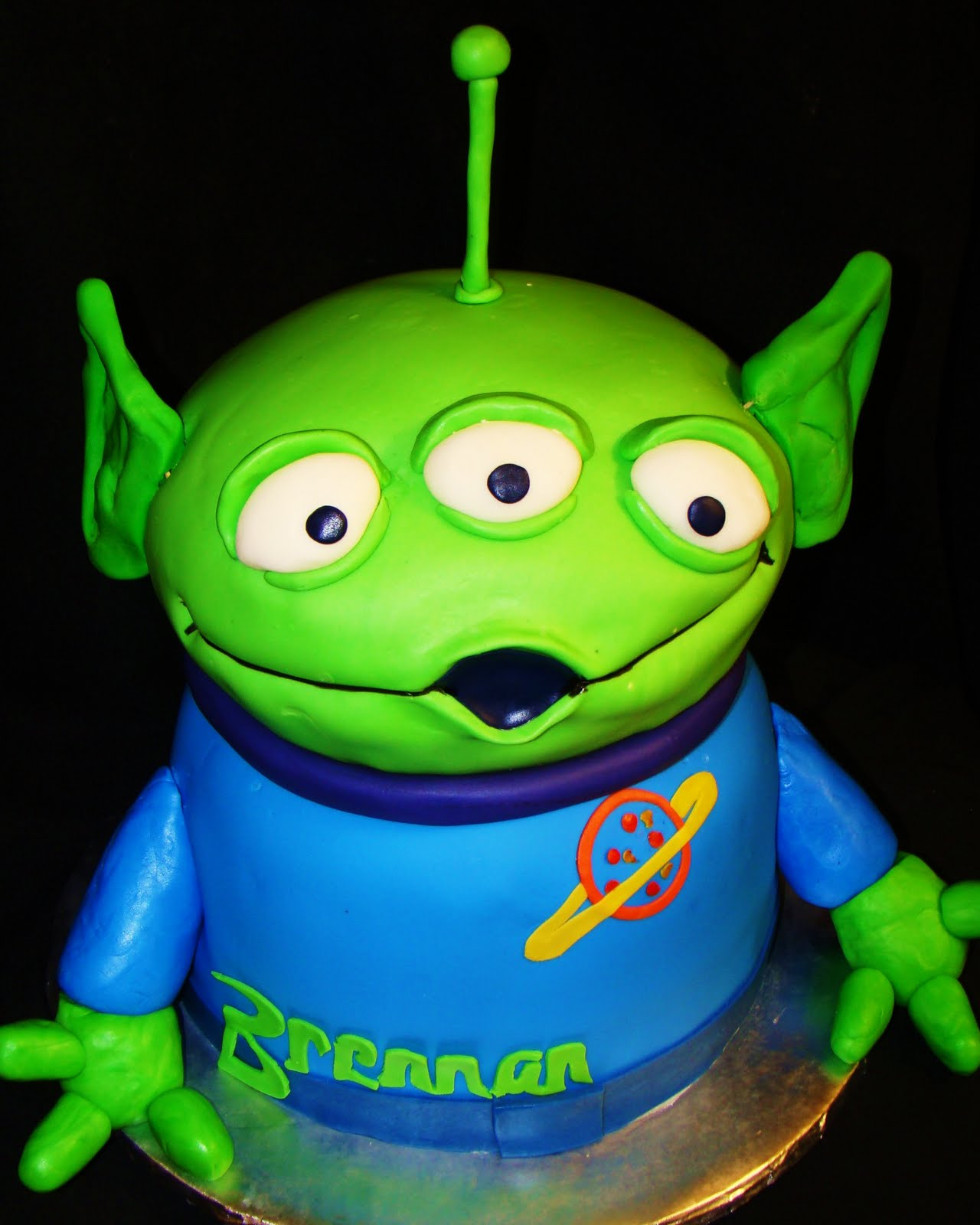 Layers of Love: Toy Story Alien Cake