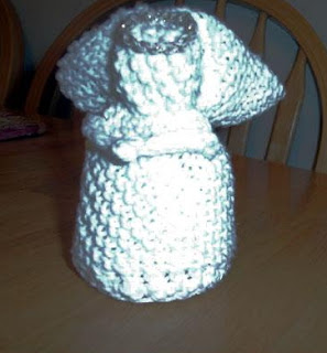 Knitting Pattern Of An Angel : Knitting Heaven On Earth: Knitted Angel