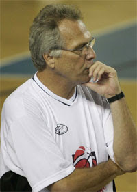 Alberto Bial, técnico de Joinville / Foto: CBB