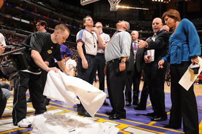 Goteira no Staples Center / Foto: NBA