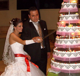 turkish wedding cake saracen ribbons 21296