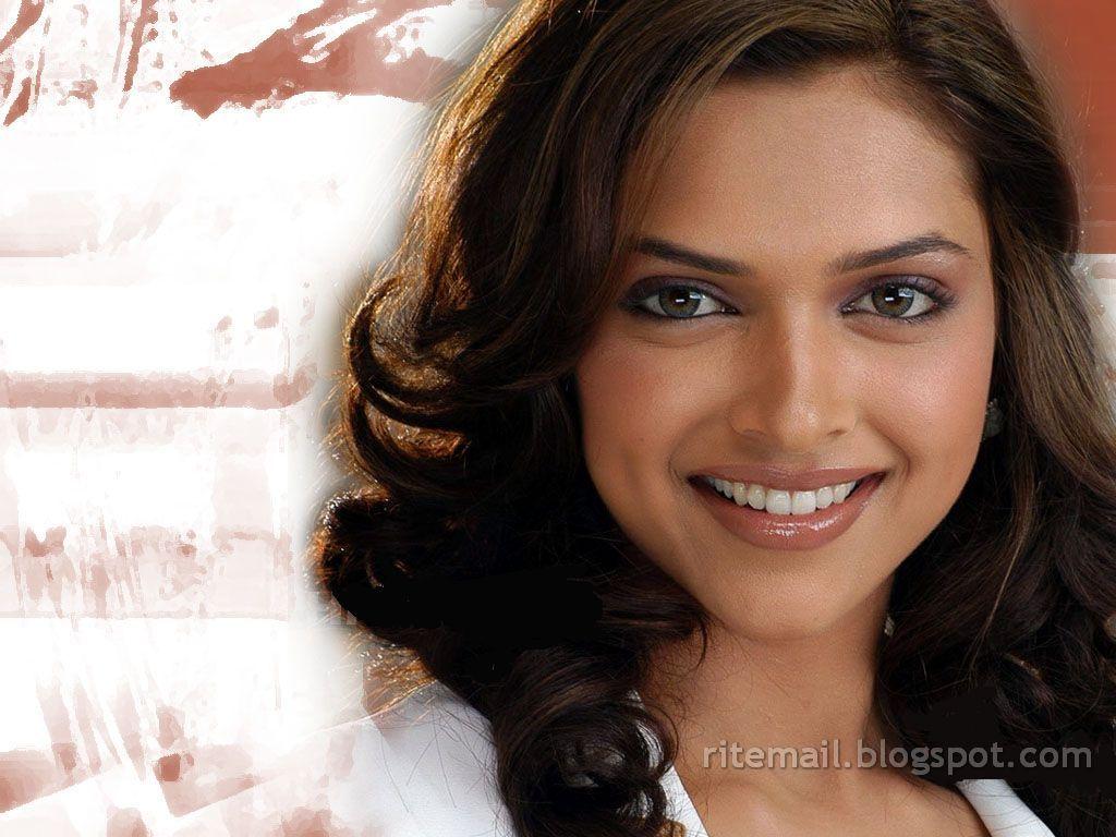 Farah-Karimaee-Pictures Farah Khan Bollywood Hot Actors Photos