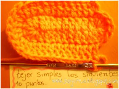 Hice esta tutorial por encargo de Marita (de Argentina) que quería tejer  unos escarpines para la bebé de una amiga. Espero les sirva mucho. dd67a96b95d