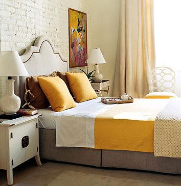 Aesthetic Oiseau Yellow And Gray Bedroom