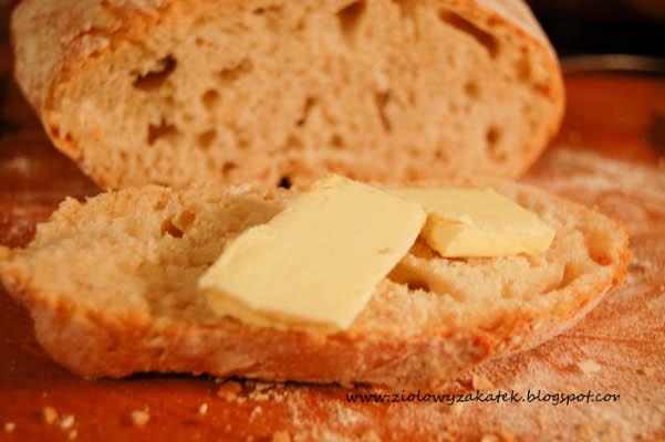 Po prostu chleb pszenny. Z garścią wspomnień