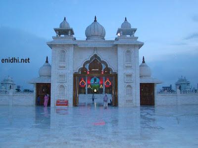 Gurudev Mandir, Mathura