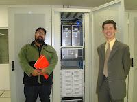 Léo F. Silva e Sr. Rui Suzuki, the Man da Central Server