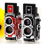 Rolleiflex MiniDigi in Red & Black