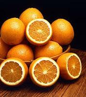 Vitamin C ialah salah satu jenis vitamin yang larut dalam air dan mempunyai peranan pentin Bahaya Kelebihan Vitamin C