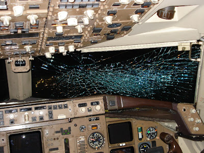 Shattered American Airlines B757 cockpit windshield