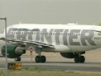 Frontier Airlines plane at DEN