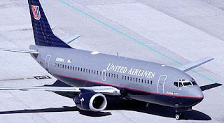United Airlines Boeing 737-300
