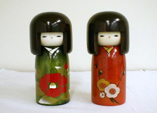 kokechi a boneca japonesa