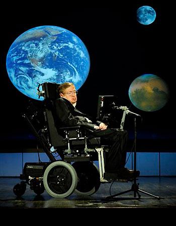 Stephen Hawking, científico británico con ELA. Es el caso más conocido en el mundo, aunque atípico.