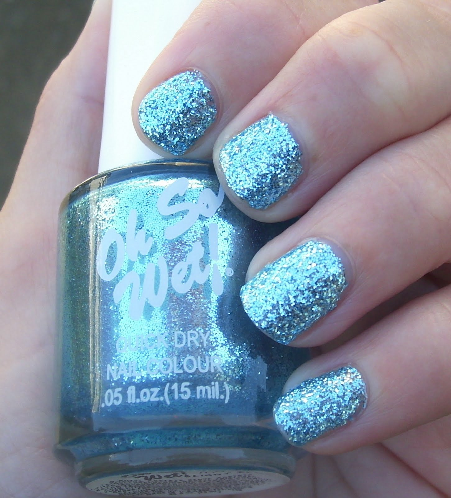 Kitty Luvs Color!: Oh So Wet! Nail Polish, Sparkle Light Blue