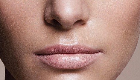 Daily Celebrity Hair: What a sexy Philtrum you have!