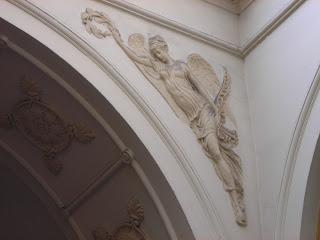 Galerie Vivienne angel