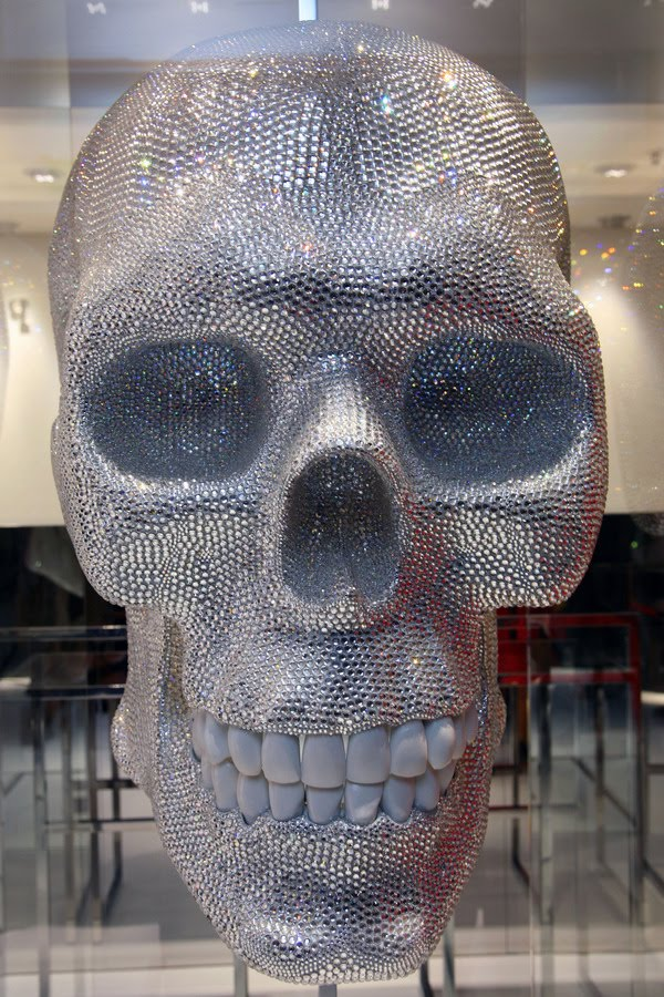 Store Interieur A Motif If It's Hip, It's Here (archives): Murano Glass Skull