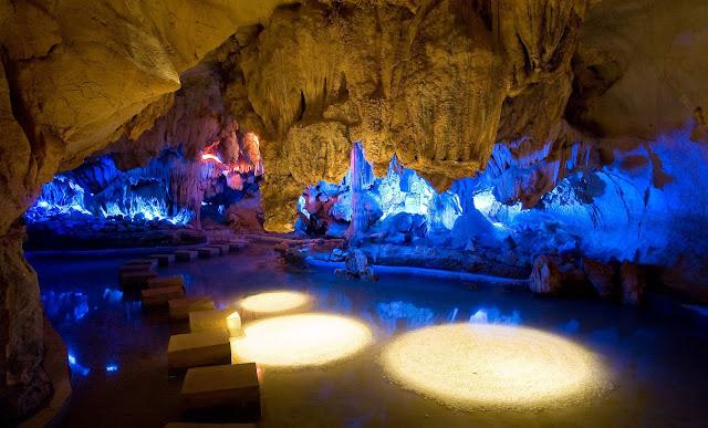 restaurant in cave